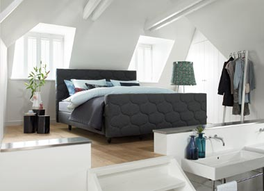 Luxe boxspring